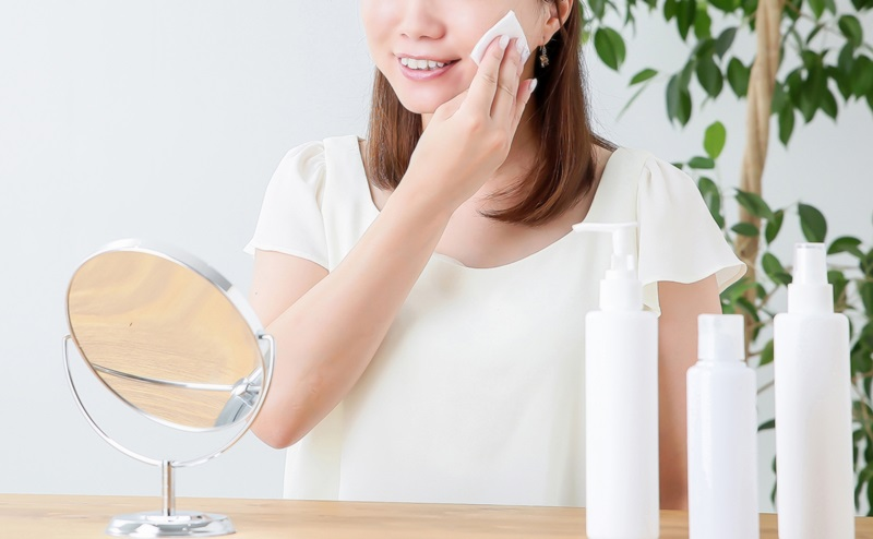 洗顔後の正しい保湿で毛穴の開きを治す